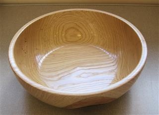 Large bowl by Keith Leonard
