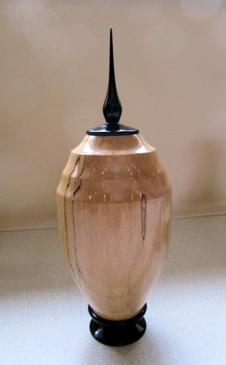 Ken Akrill's highly commended lidded vase