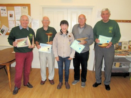 Carolyn Lindsay with the September certificate winners